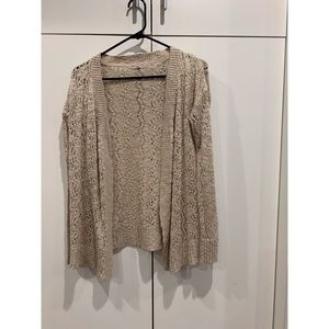 cream lacy knitted vintage cardigan. size s.